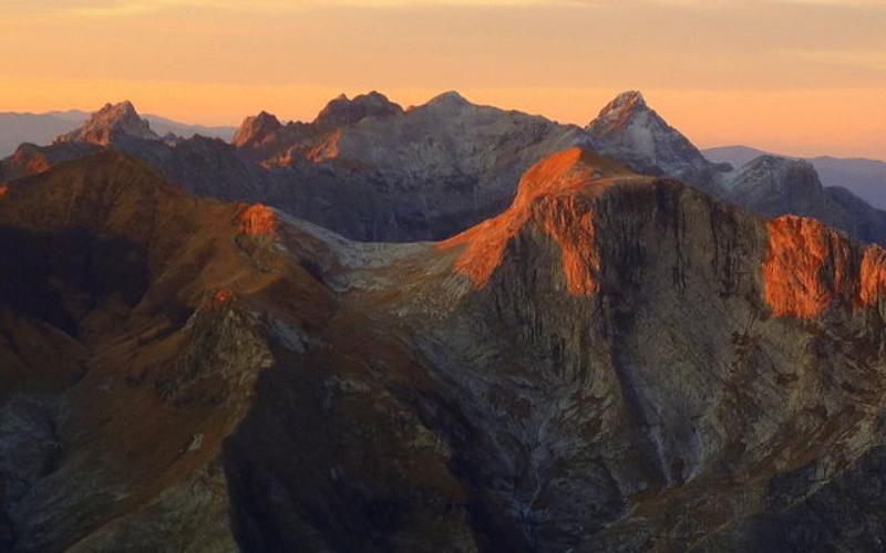 Veduta Alpi Apuane